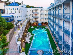 "Resort Hotel ""1001 Nights"" 